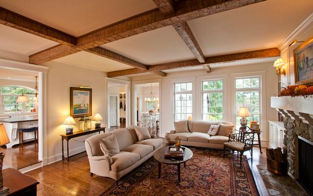 Elegant Family Room Photo In Cincinnati