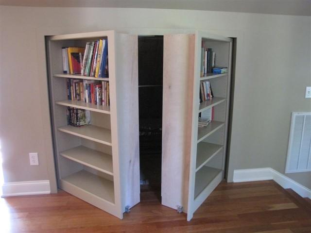 Invisidoor hidden door bookcase cl sico sala de estar for Sala milwaukee