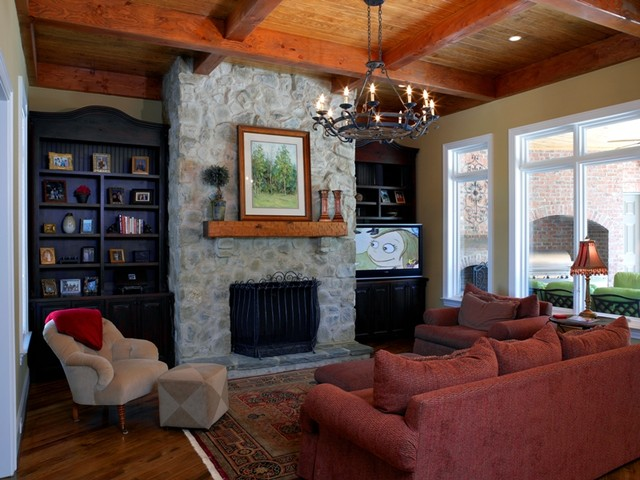 Jacobs Ridge traditional-family-room
