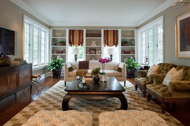 jamesthomas, LLC traditional family room