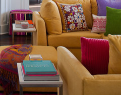 JBM DESIGNS LLC eclectic family room