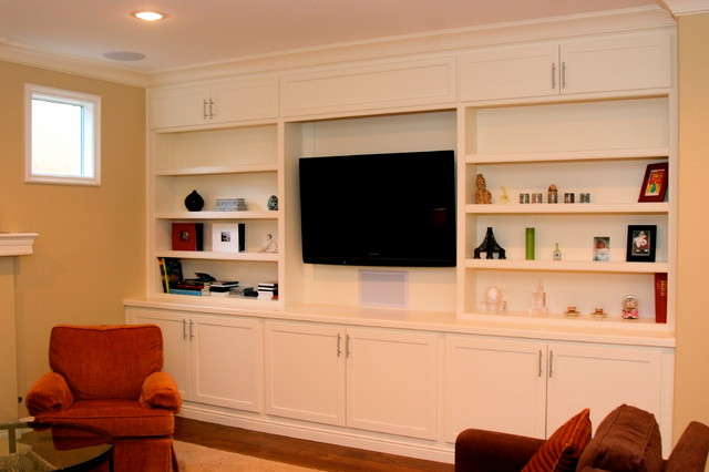 Jenkins traditional-family-room
