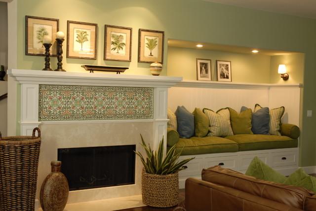 Joni Koenig Interiors traditional-family-room
