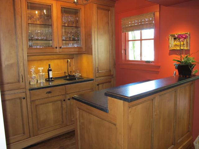 Joseph Farrell Architecture farmhouse-family-room