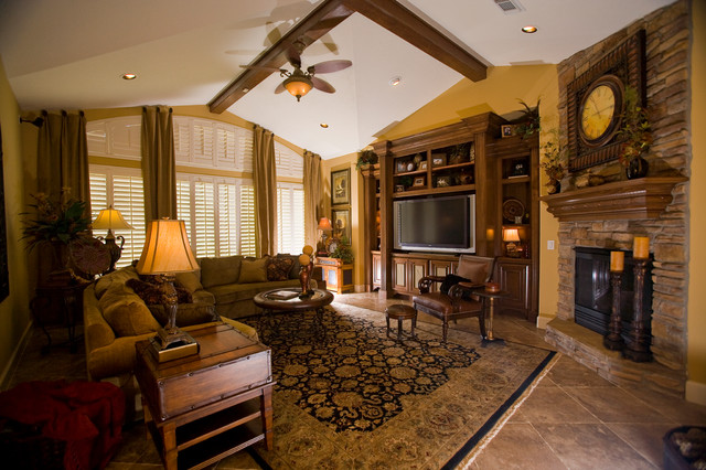 Katy Lifestyles & Homes Cover Story traditional-family-room