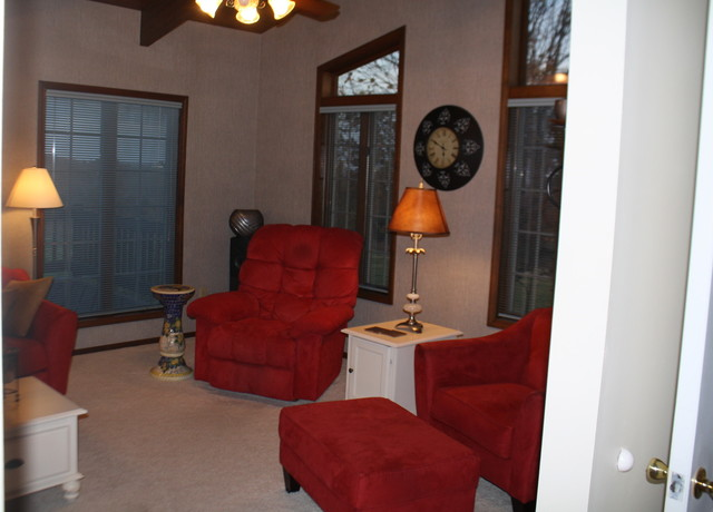 Kitchen updating 360 David Drive, Washington Mo for sale on acres traditional-family-room