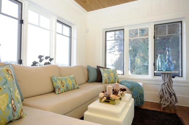 Lake of Bays Cottage traditional-family-room