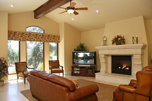 Landmark Builders  family room