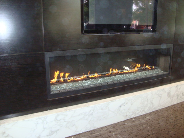 Large linear fireplaces for Large modern fireplaces