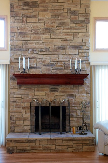 Ledge Stone Fireplaces Album 1 - Traditional - Family Room - Chicago ...