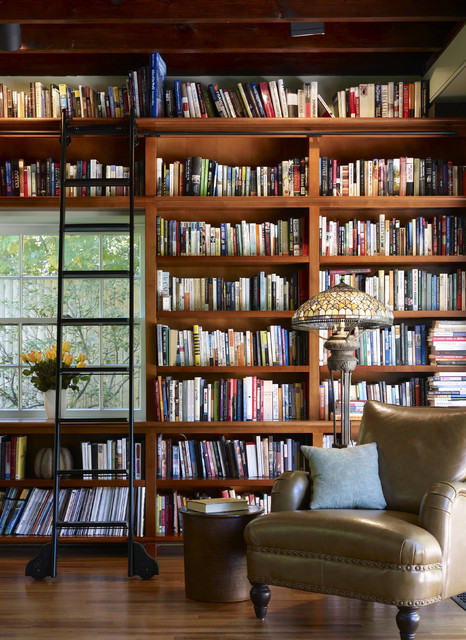 Library wall craftsman-family-room