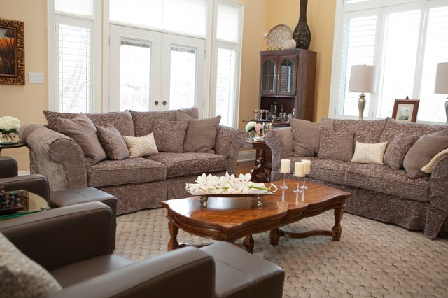 Living Rooms transitional-family-room