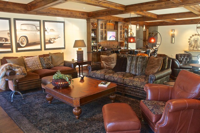 Lodge-style Family Living with Modern Amenities - Rustic ...