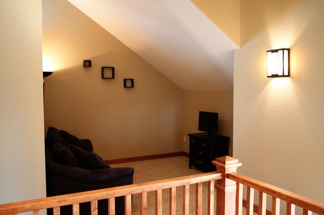 Loft traditional-family-room