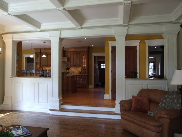 Low walls interior columns for Columns interior