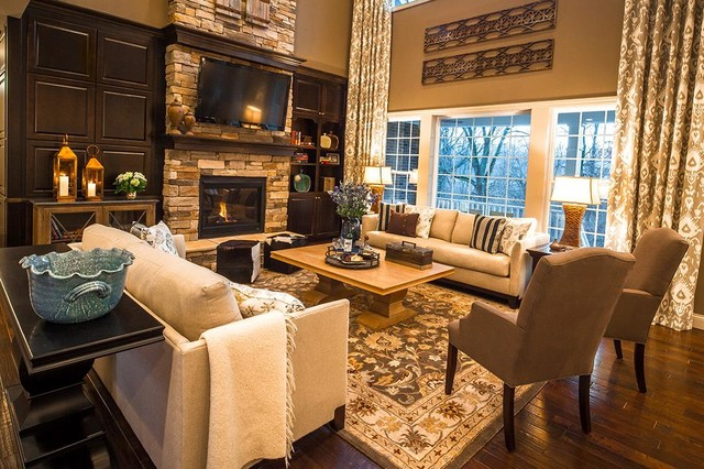 M/I Homes of Cincinnati: Carriage Hill, The Creeks - Avalon Model contemporary-family-room