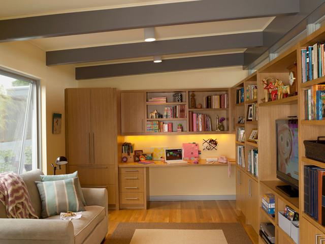 Magnolia Mid Mod Midcentury Family Room