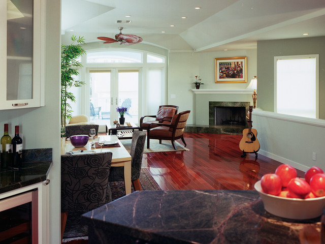 Manhattan Beach traditional-family-room