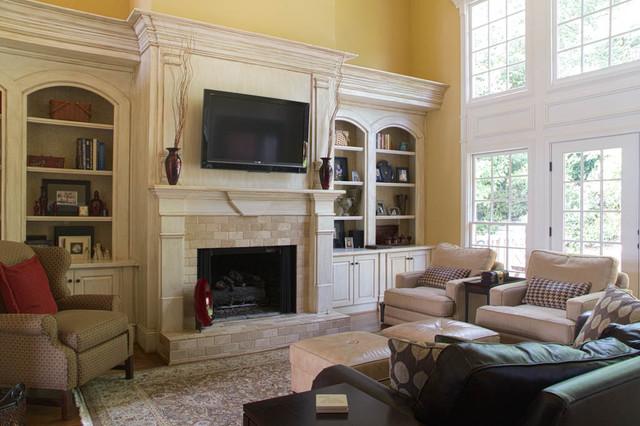 Mary Trantow traditional-family-room