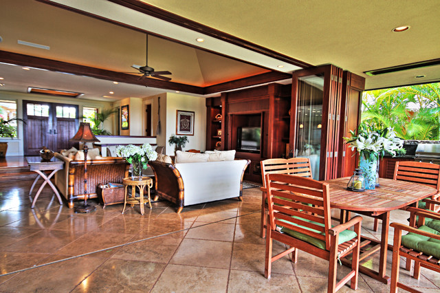 Inspiration for a tropical family room remodel in Hawaii