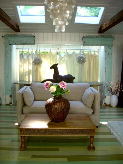 Maureen Rivard eclectic family room