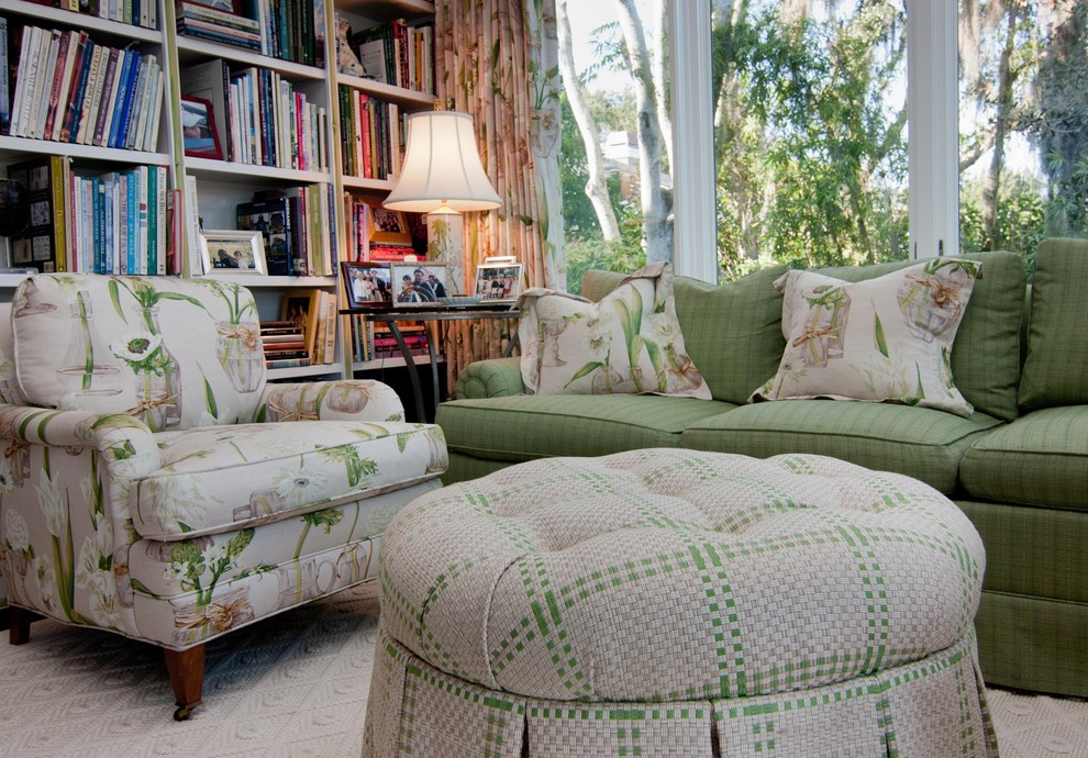 Inspiration for a timeless family room library remodel in Atlanta