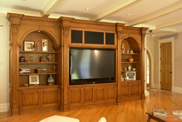 Media Unit traditional-family-room