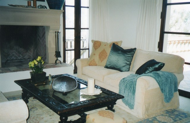 Mediterranean Home traditional-family-room