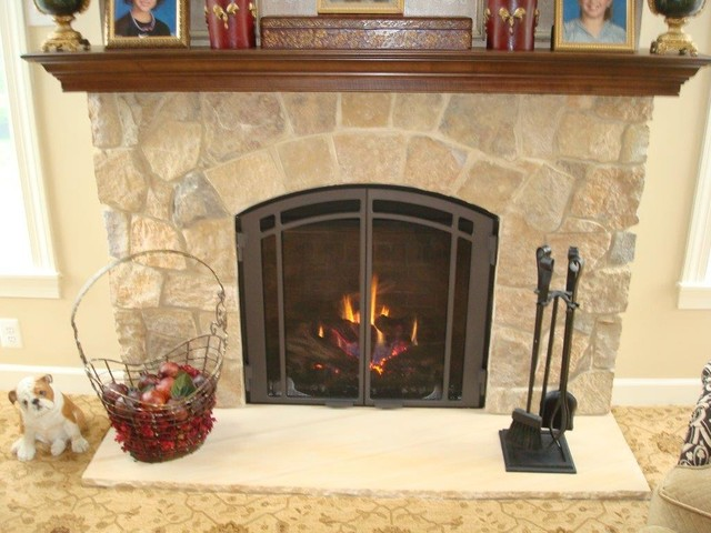Mendota Fullview Direct Vent With Bentley True Arch And