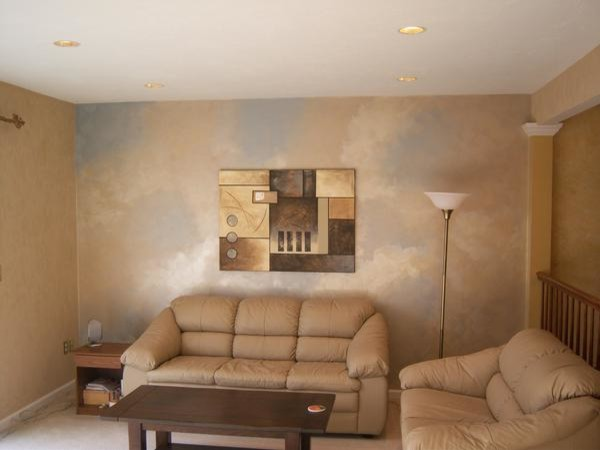 Metallic accent wall - Tipos de pintura para paredes interiores ...