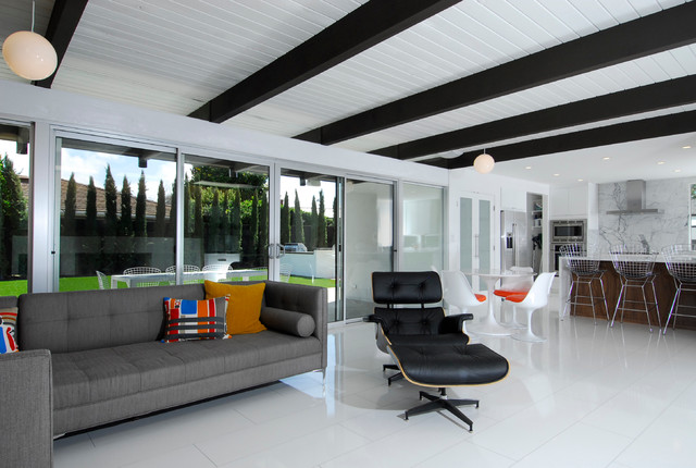 Mid Century Modern - Revitalized contemporary-family-room