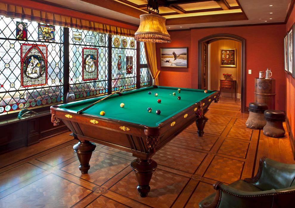 Tuscan game room photo in Milwaukee