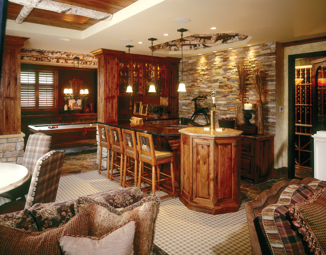 Minnesota Lodge eclectic family room