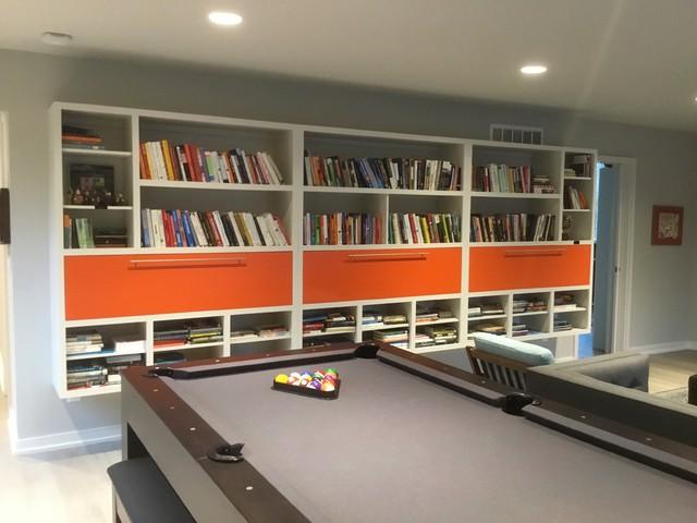 Family room - family room idea in Indianapolis