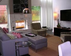 Modern Atlanta House Tour/Becky Harris modern-family-room