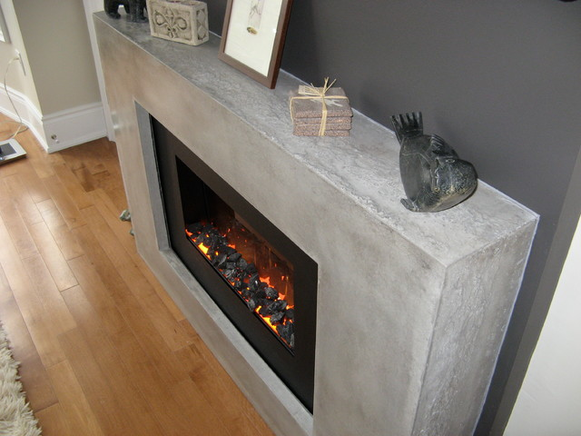 Modern electric fireplace Modern Family Room Toronto by