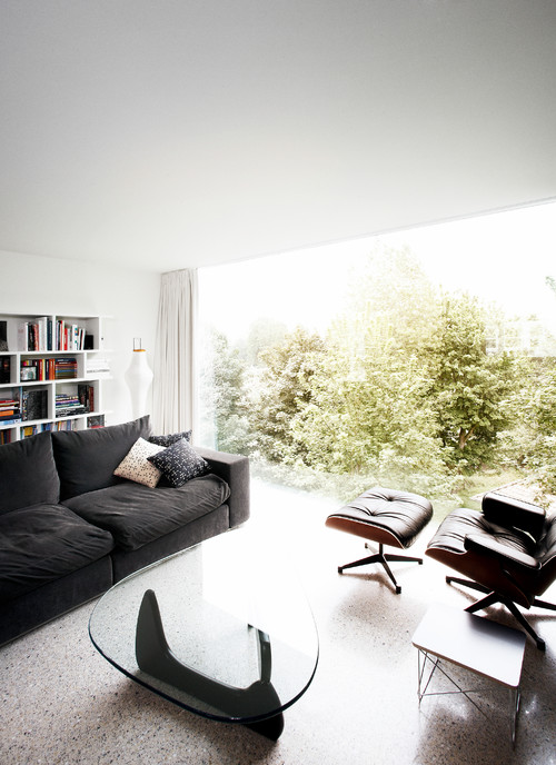 Modern home at the North Sea Coast Belgium with Architect Alexander Dierendonck