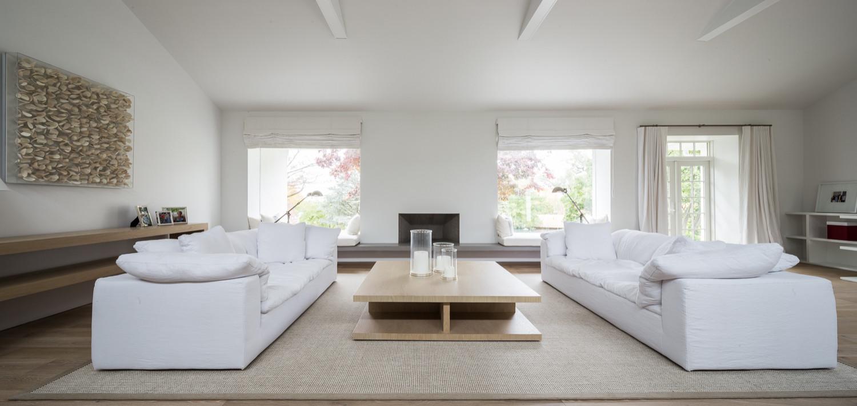 Modern White Home Renovation in Philadelphia