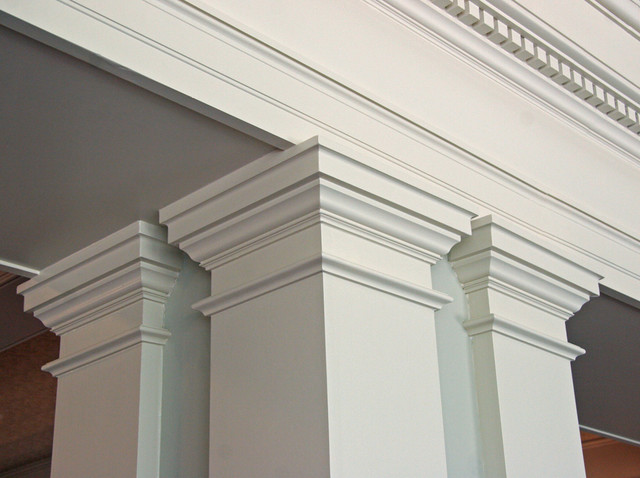 moldings traditional family room