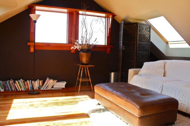 Loft modern-family-room