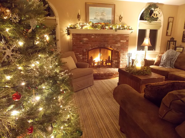 New England Home Decorated For Christmas Traditional