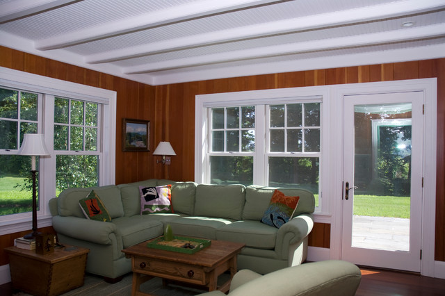 New Hampshire House traditional-family-room