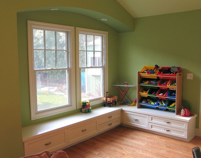 New window niche with built-in bench seat & storage