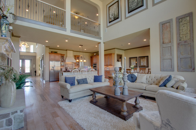 Newmark Homes - Family Room - Ravenna traditional-family-room