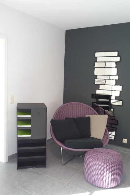 NIDO seat from PAOLA LENTI contemporary-family-room