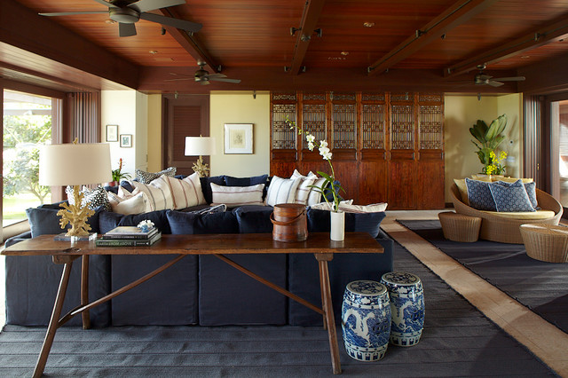 Oahu Beach Front Residence - Adaptable Indoor Outdoor Living tropical-family-room