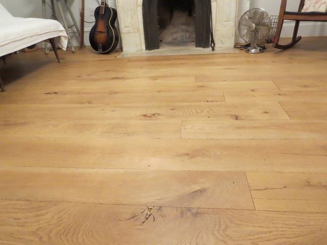 Old Growth White Oak hardwood-flooring