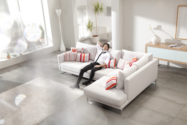 Opera Modern Sectional Sofa By Famaliving California