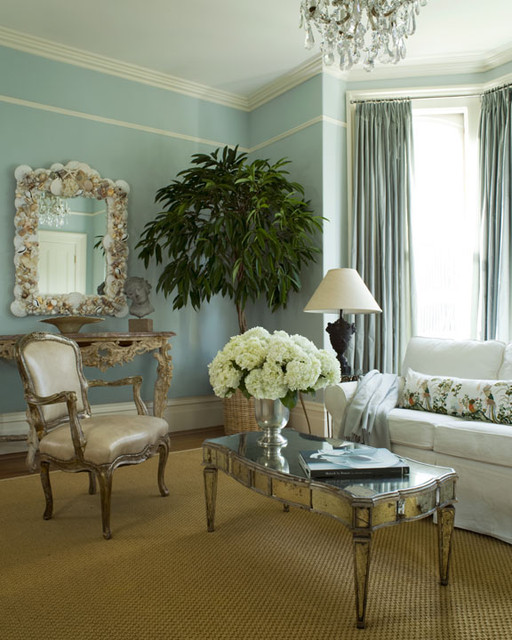 Pacific Heights traditional-family-room