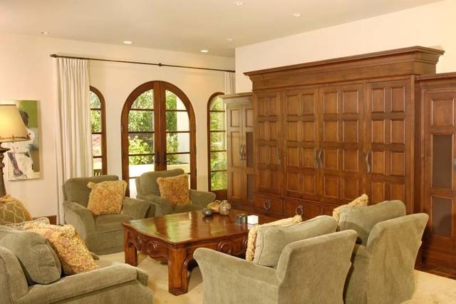 Palo Alto Residence traditional-family-room